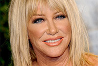 Suzanne-somers-fabulous-makeup-for-over-sixties-side